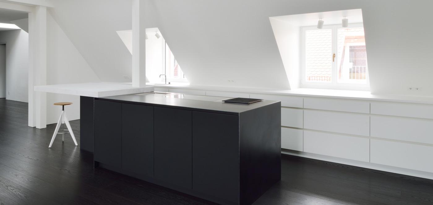 Fenix Schwarzstahl A 02
